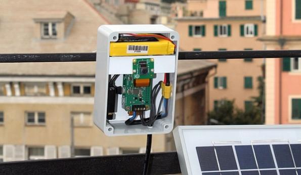 Solar energy module for Raspberry Pi Zero