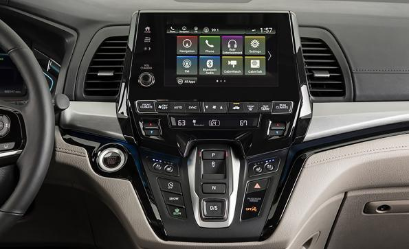 Wi-Fi in the car: how to meet the concurrent needs of multiple systems and applications