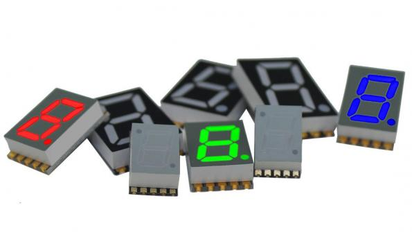 7-segment LED-based SMD display easy to stack