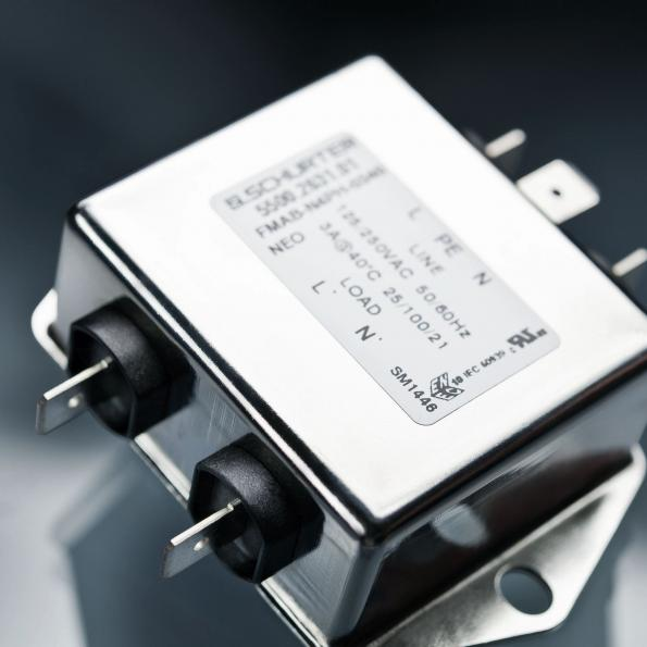 Built-in filters for single-stage systems, now with overvoltage protection