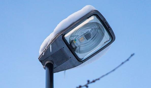 Led Lampen Philips : First plug in replacement son t led lamp for street lighting