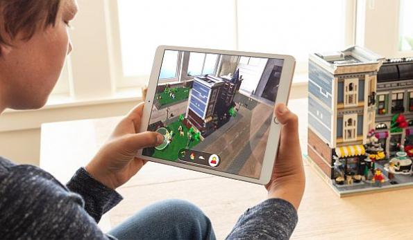 Apple ARKit 2 offers AR shared experiences, persistence