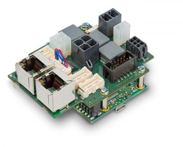 Compact positioning controller communicates via EtherCAT