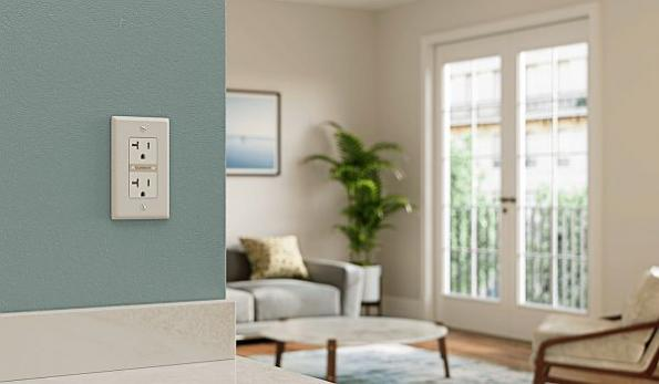 Smart wall outlet analyzes power usage in homes, businesses