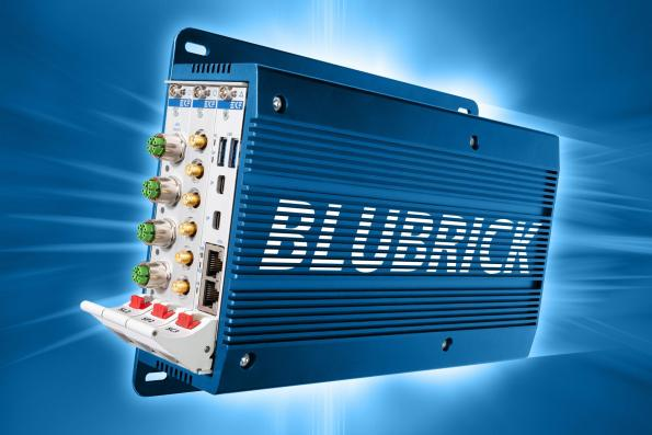 Rugged wall-mount box computer for harsh industrial applications