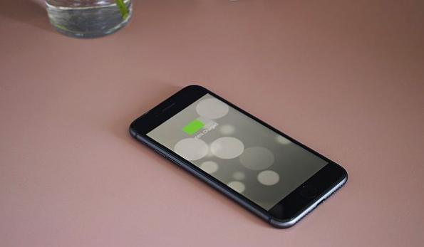 Formica integrates wireless charging in laminate surface