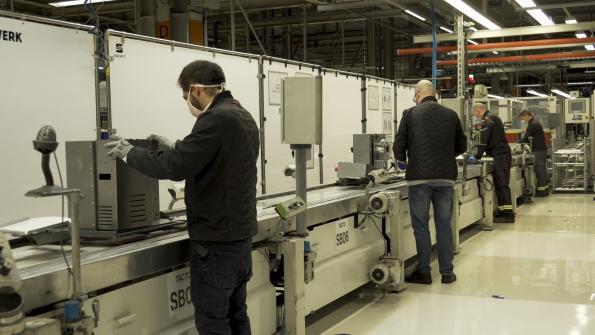 SEAT starts production of ventilator based on windscreen wiper motor