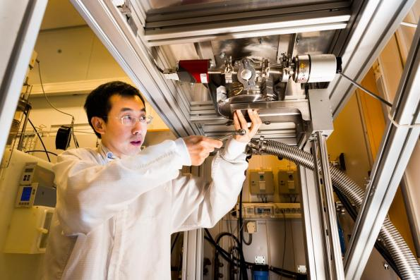 Researchers at Linköping University in Sweden used silicon carbide and graphene to create a Schottky junction