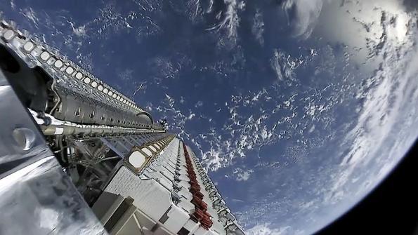 Satellite servers in the sky aim for global broadband