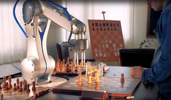 Universal AI OS brings intelligence to collaborative robots