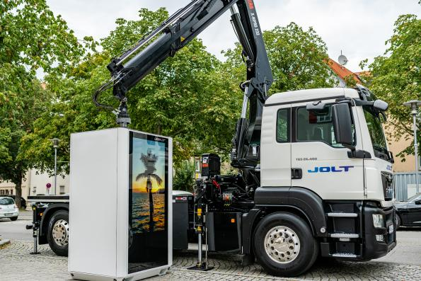 Removable battery pack gives high speed EV charger flexibility