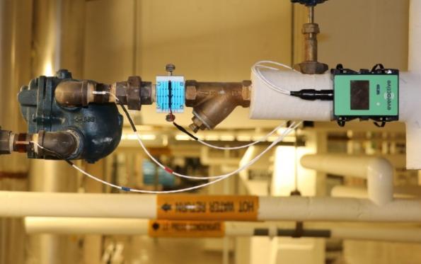 Nanowatt clock IP used for batteryless machine monitoring chip