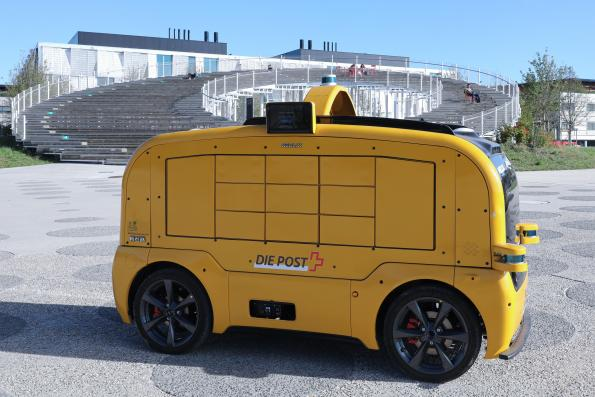 Swiss lab tests out Chinese driverless delivery van