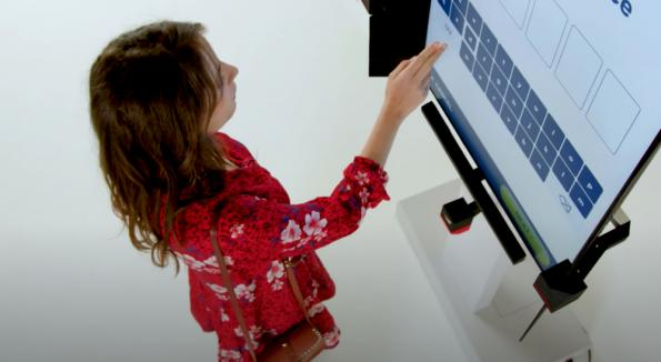 Gesture recognition for touchfree screen