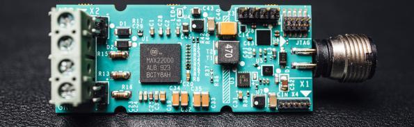 Intelligent IO links boost Industry 4.0 designs