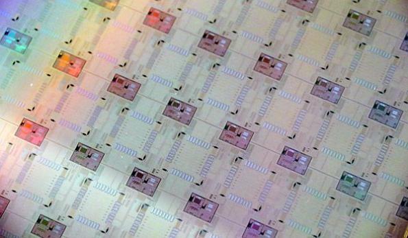 Photonic interconnect fabric supports future computing, AI
