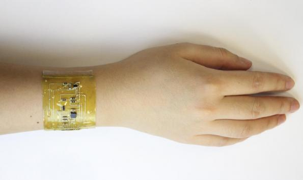 Stretchable circuits for wearable e-skin