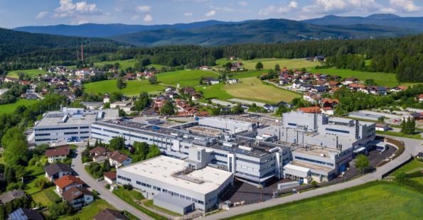 Rohde & Schwarz installs 5G network for Industry 4.0