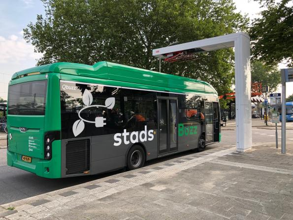ABB has won a deal to supply over 100 connected high-power and fast chargers to Dutch electric bus operator Qbuzz.