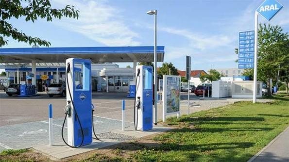 Siemens, Aral roll out 350kW fast chargers across Germany