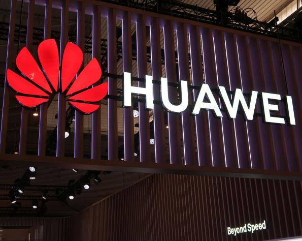 Suppliers cut ties with Huawei in US-China trade war