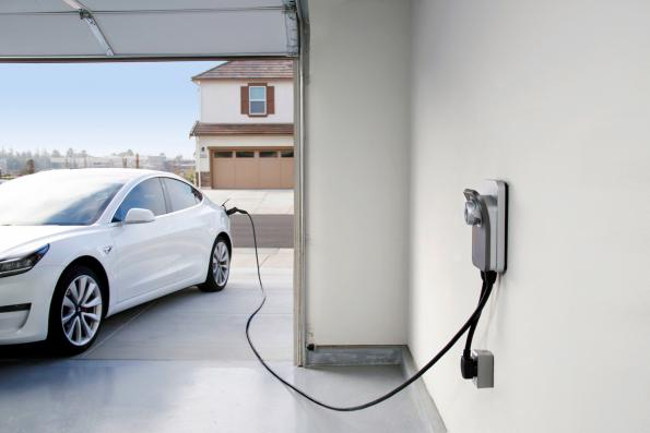 Chargepoint's Home Flexallows drivers to charge any electric vehicle (EV) up to 9 times faster than a standard wall outlet.