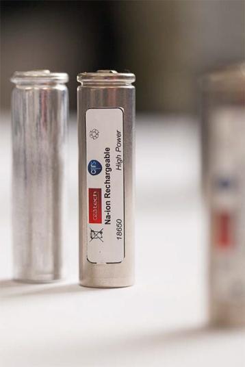 Une start-up pour des batteries se rechargeant de plus en plus vite