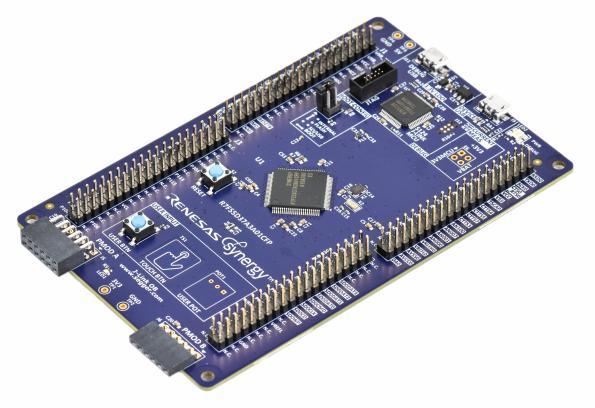 Microcontrôleur et carte de développement associée pour applications IoT