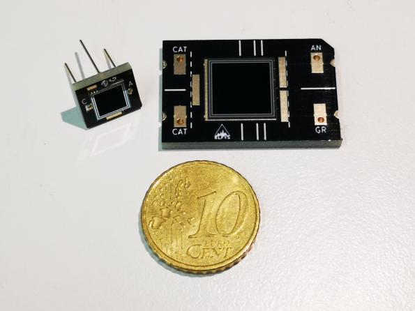 Photodiodes en silicium noir