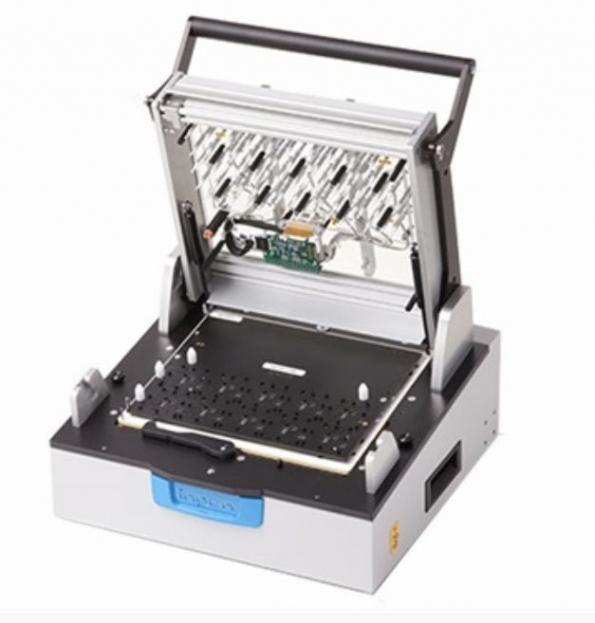 Interfaces de test manuelles pour petite et moyenne série avec kits interchangables