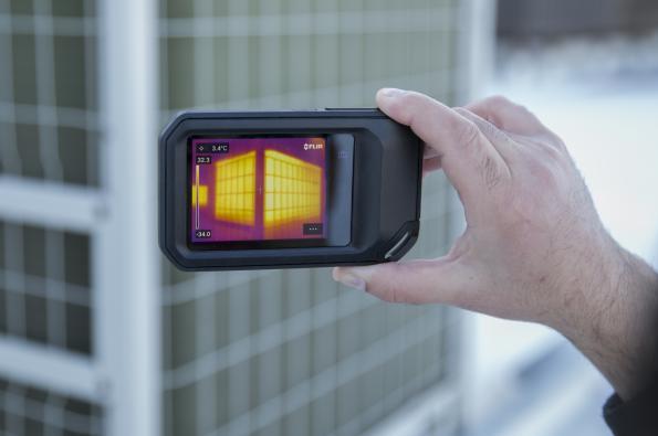 Caméra thermique compacte C5 avec connectivité via le Cloud