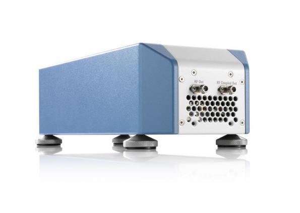 Convertisseur élévateur de fréquences RF en bande Q/V