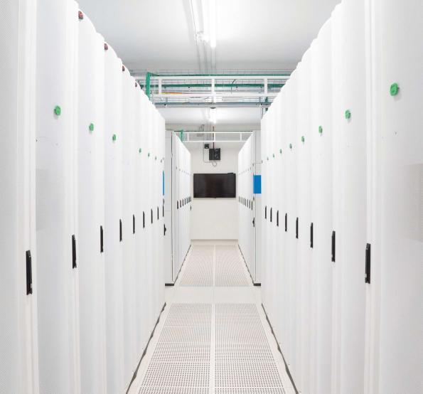 Rosenberger OSI fournit du câblage de haute qualité au data center Tier IV d'Elmec