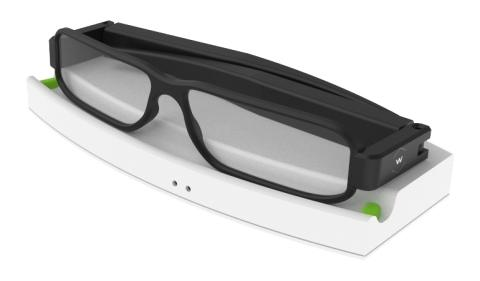 The Energous development kit for long distance wireless charging of smart glasses uses chips from Dialog Semiconductor