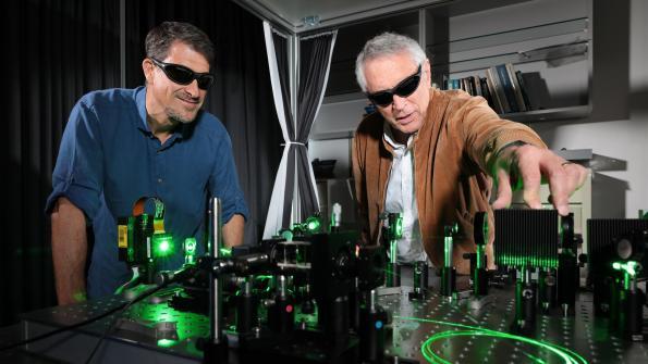 AI optical computer analyses Covid-19 X-rays