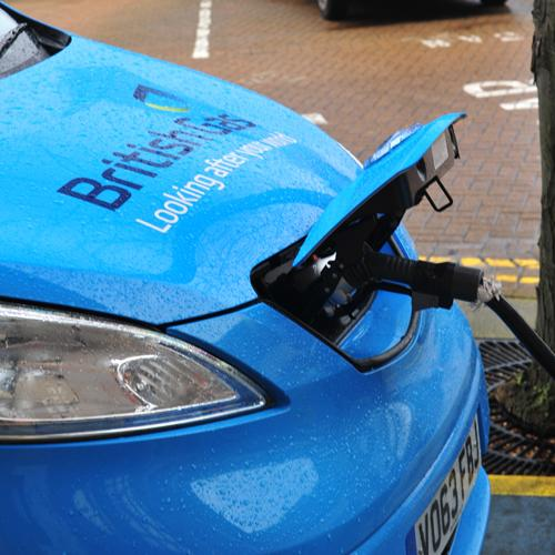 Centrica is retraining its smart meter fitters to install EV charging points for electric vehicles instead.