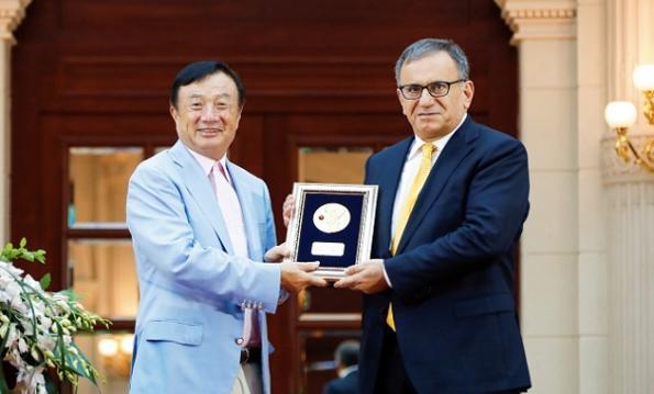 Huawei honours Turkish professor for 5G polar codes