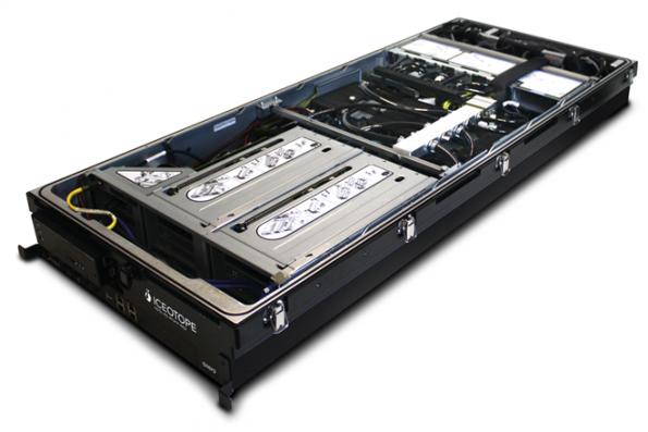 Three team for immersion cooled Lenovo HPC edge server