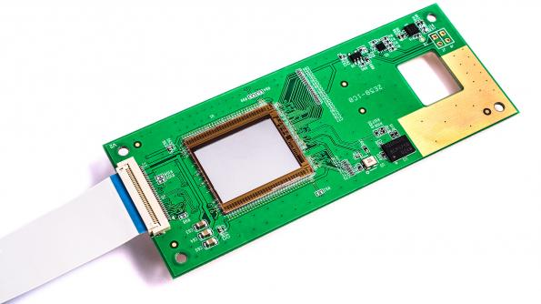 Raman-on-a-chip boost for handheld, smartphone test