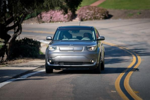 Fast wireless charging rolls out on test fleet of cars