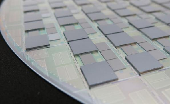 Intel teams with Leti to advance 3D packaging