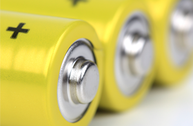 Airlines challenge lithium ion battery shipments