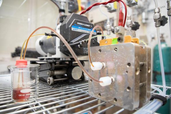 Organic flow battery can operate for decades