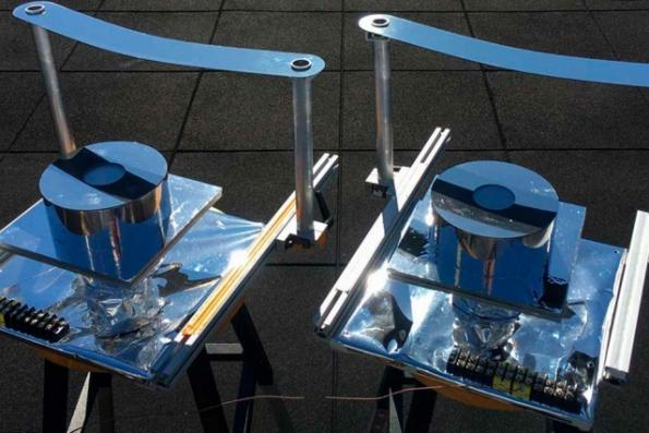 Simple passive cooling system for solar power generators