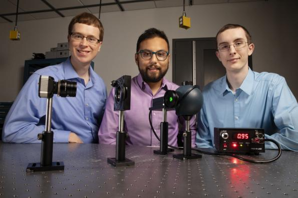 Cheap polarization imaging sensor mimics mantis shrimp's eyes