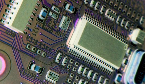 Redesigned FPGA fabrics solve tough mid-range challenges