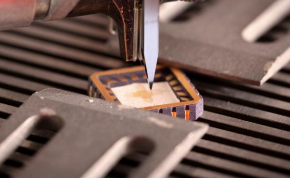 CERN measures with graphene-based Hall effect sensor