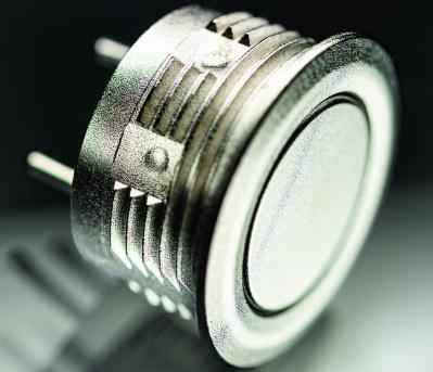 Commutateur métallique de petit diamètre et faible hauteur
