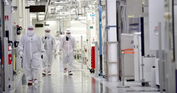 Intel plans for more manufacturing in Ireland, Israel, Oregon