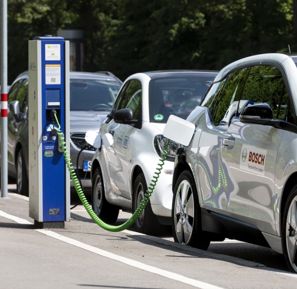 Bosch extends service life of EV batteries - through the cloud
